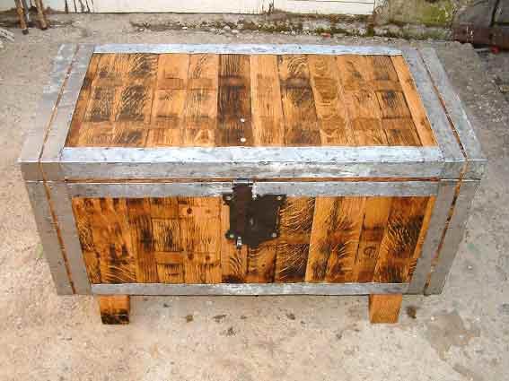 Mueble para guardar ropa parecido al arca - Baules para guardar ropa ...